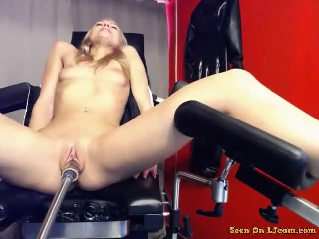 pizda-masturbatsiya-seks-mashini